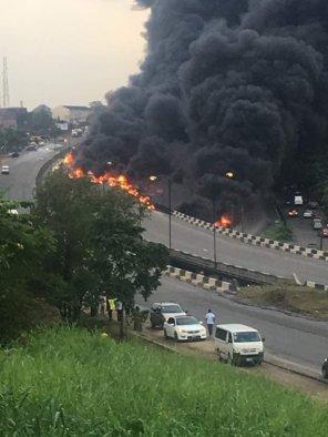 Lagos tanker explosion1.jpg