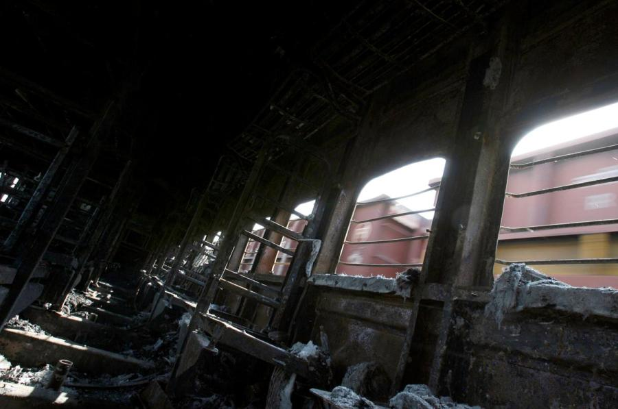 India-Pakistan train blast
