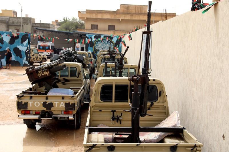 Eastern Libyan troops vehicles
