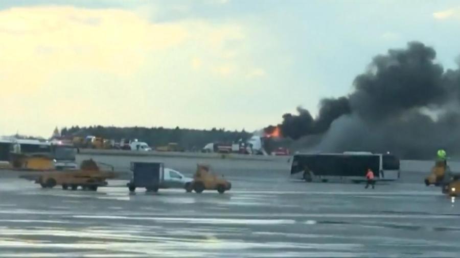 Russian Aeroflot plane fire