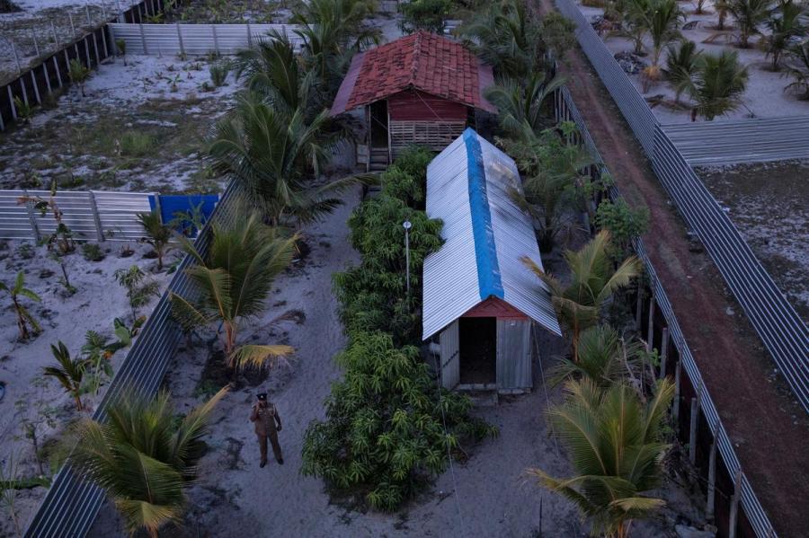Sri Lanka militants camp