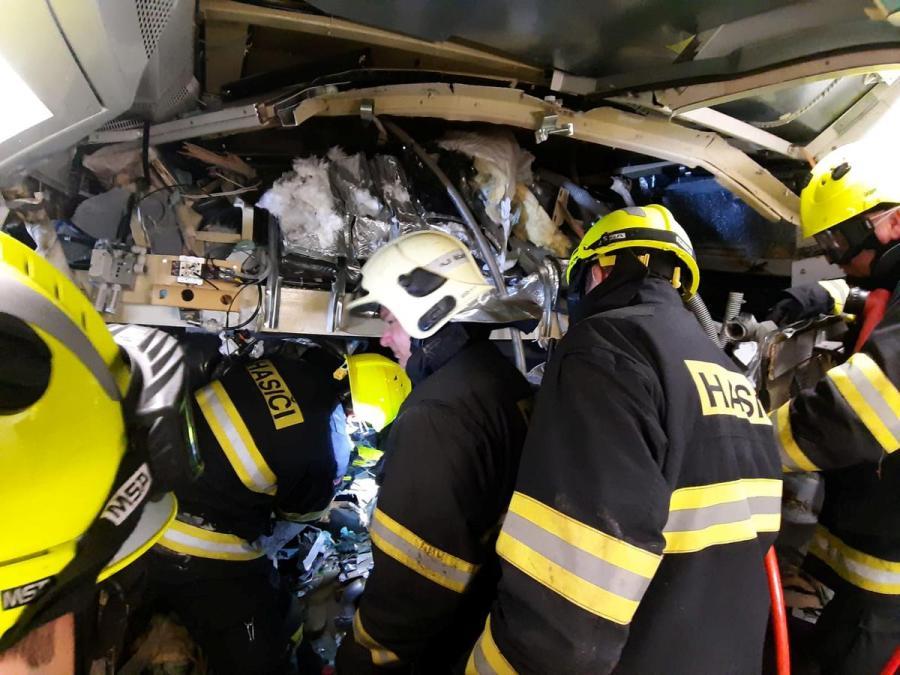Czech train collision2