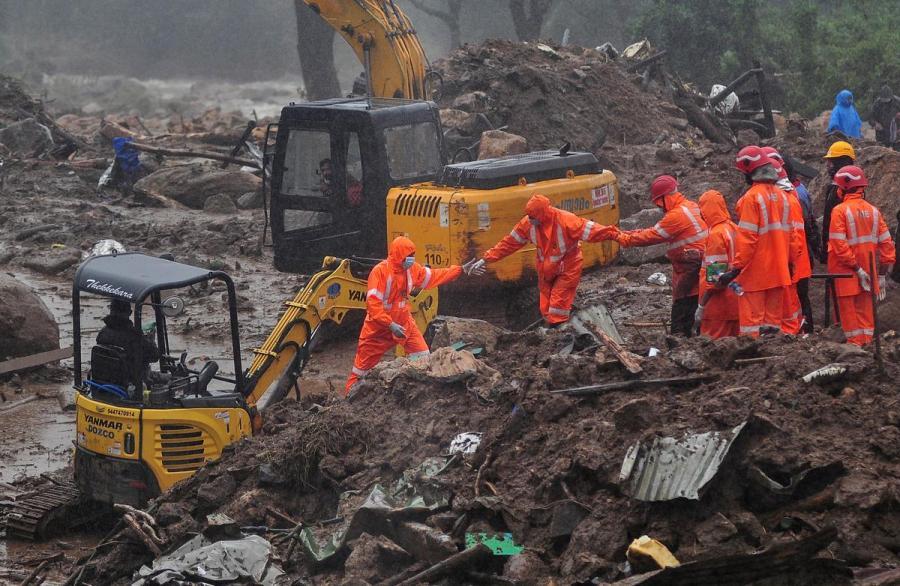India tea plantation landslide