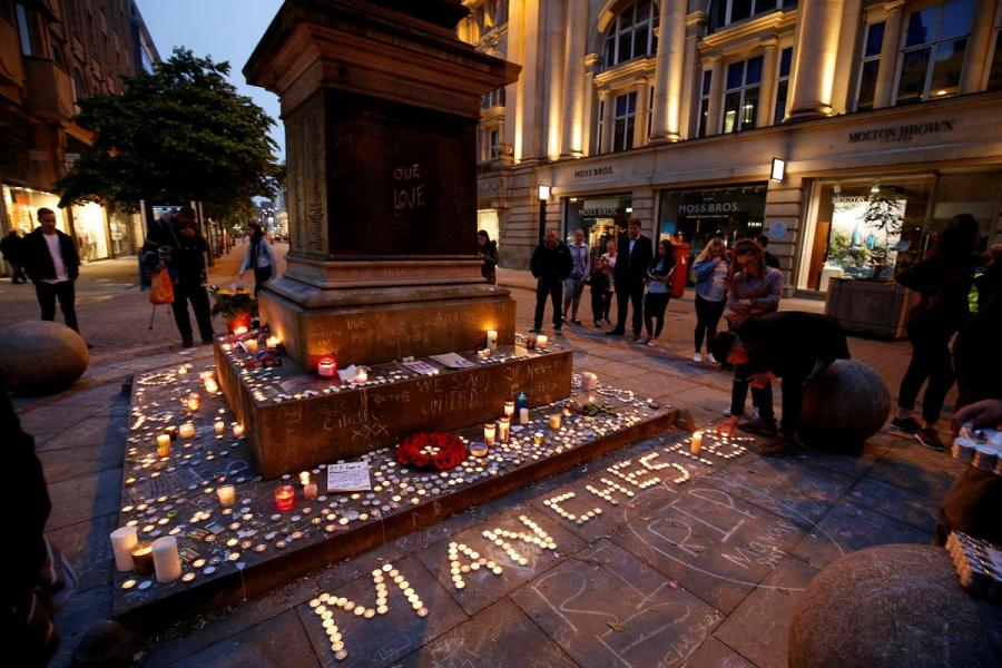 Manchester bomb attack tribute
