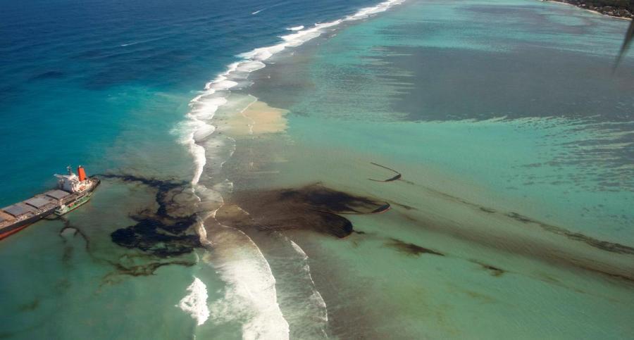 Mauritius oil spillage7