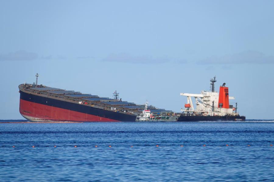MV Wakashio1